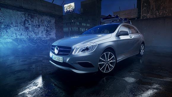 Wir haben einen 3D-animierten Trailer sowie eine Augmented Reality App für die neue Mercedes-Benz A-Klasse entwickelt und produziert.