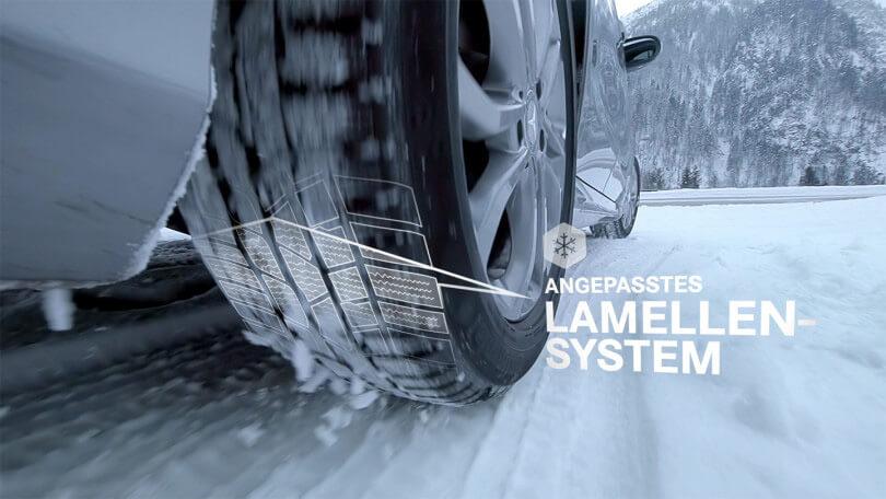 Der Produktfilm über die Mercedes-Benz Winterkomplettreifen und -räder werden Grip und Traktion veranschaulicht.