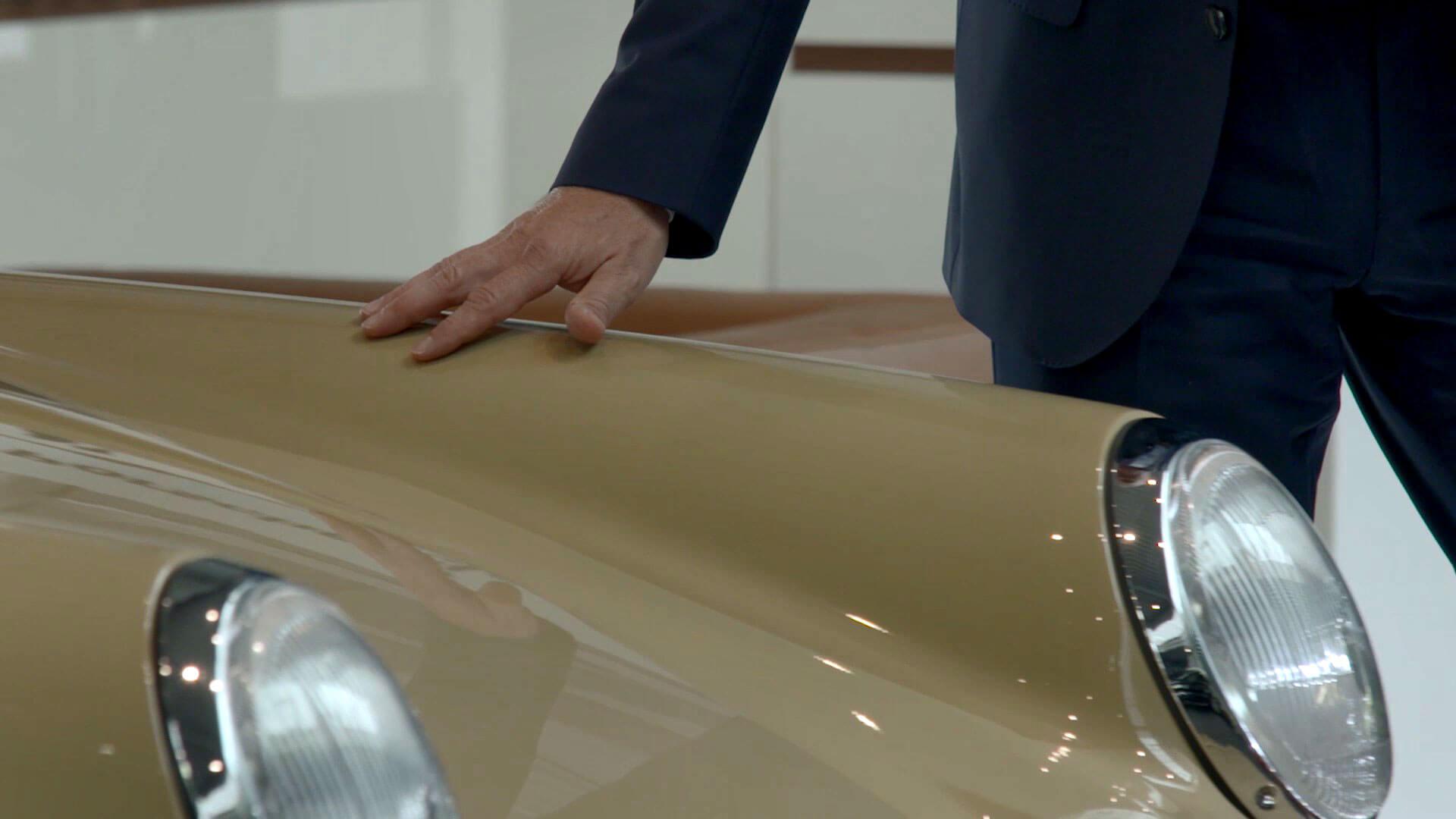 POLYCHROM erstellt schon seit Jahren erfolgreich Imagefilme und Werbefilme – wie beispielsweise für unseren Kunden: das Porschezentrum der Hahn Gruppe.